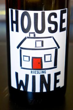 Columbia Valley Riesling, House Wine (Magnificent Wine Company) 2011